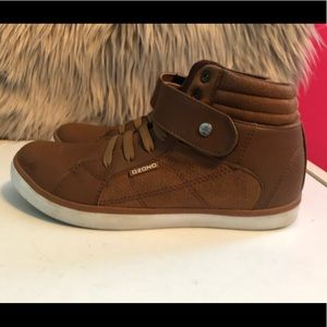 Shoes - Brown tennis/high tops